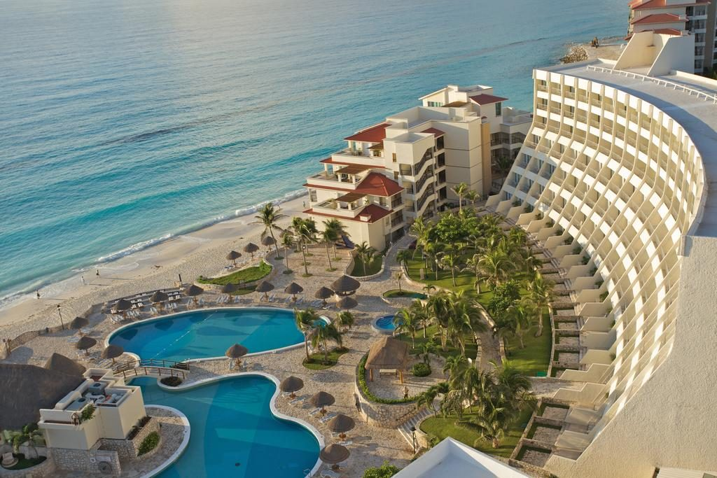 Resorts that ypu must visit in cancun